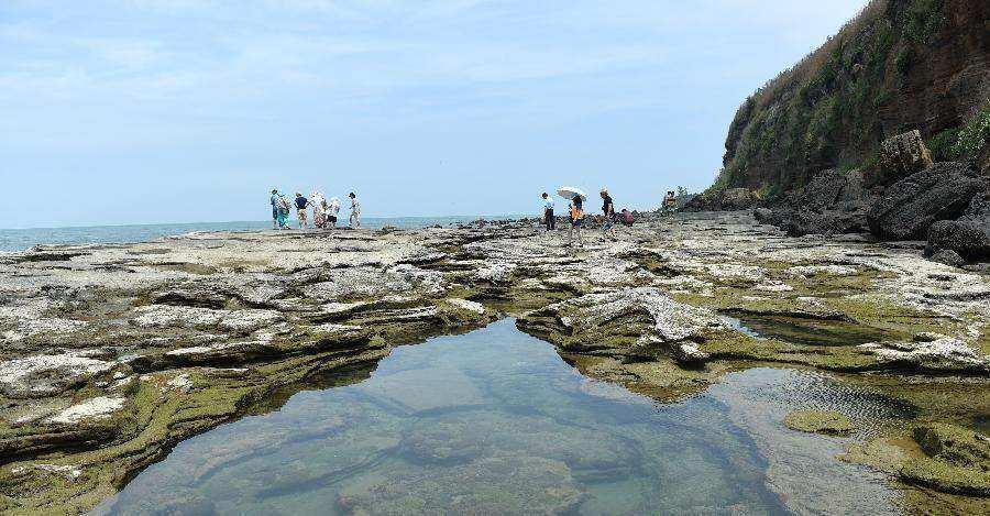 广西北海:迷人的火山岛