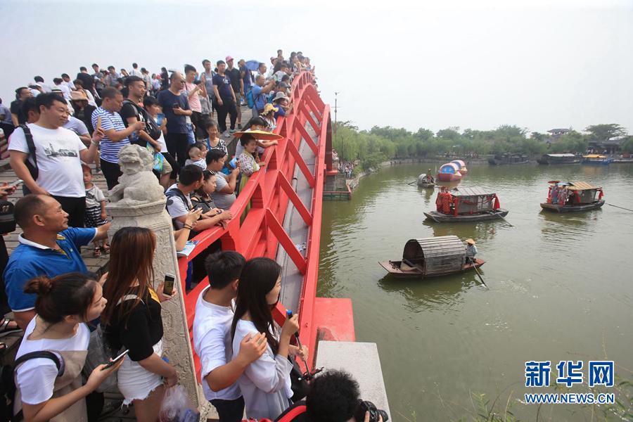 河南開封:炎炎夏日旅遊火