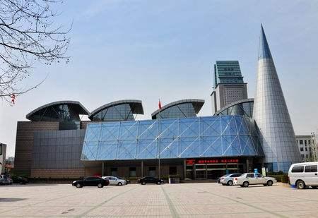 VR帶你走進鄭州科技館