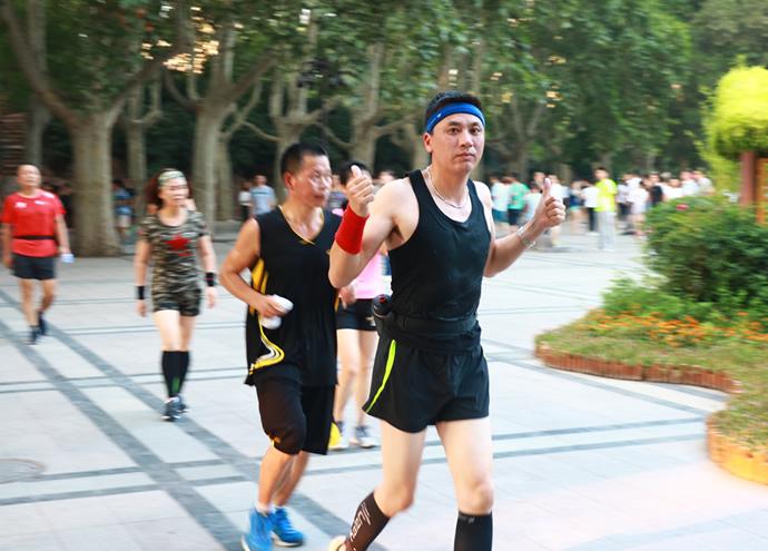 跑起來 為運動喝彩