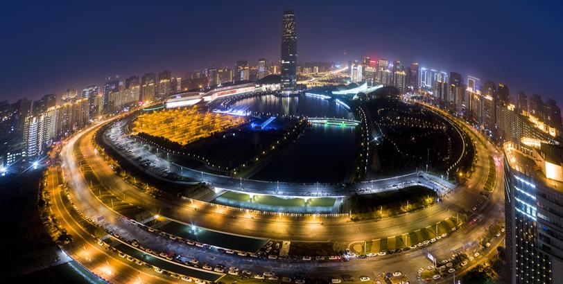 鄭州跨年燈光秀點亮2018