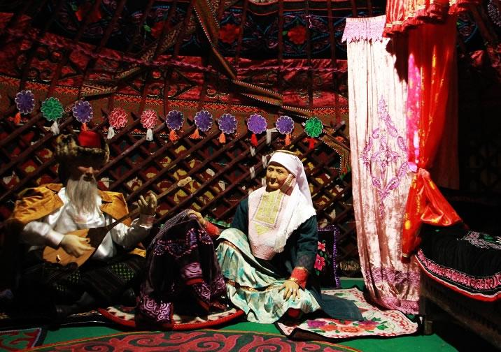 天山下的来客——哈萨克民俗风情展