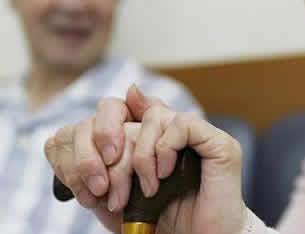 郑州:三年内建政府购买居家养老服务制度
