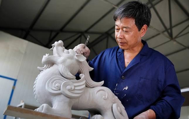 """王國奇: 一位鄉村工匠的""""汝瓷夢"""""""