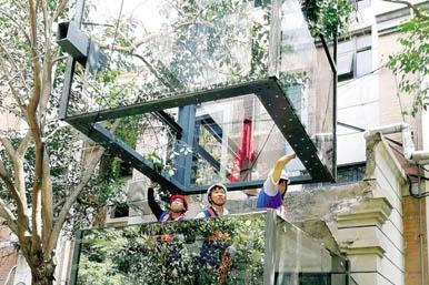 鄭州首部裝配式電梯開始安裝 工期短 不擾民