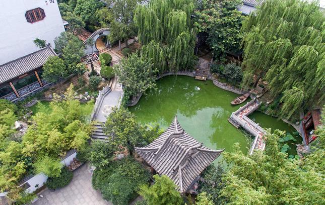 【航拍】郑州:庭院隐闹市 恍若到江南