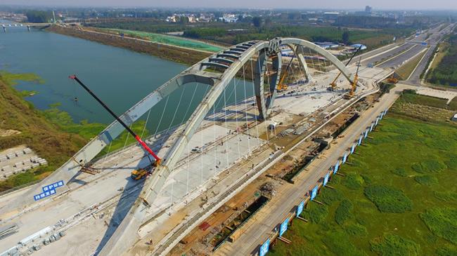 【航拍】施工中的漯河牡丹江路沙河大橋
