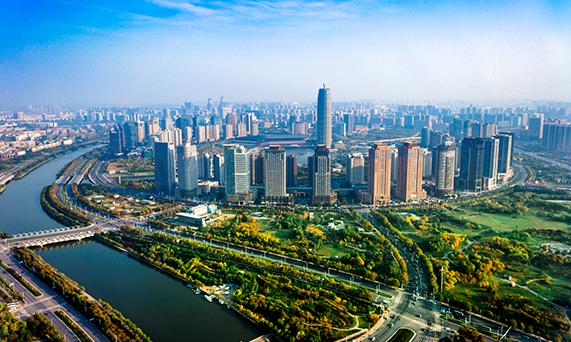 努力把鄭東新區打造成新型城鎮化樣板