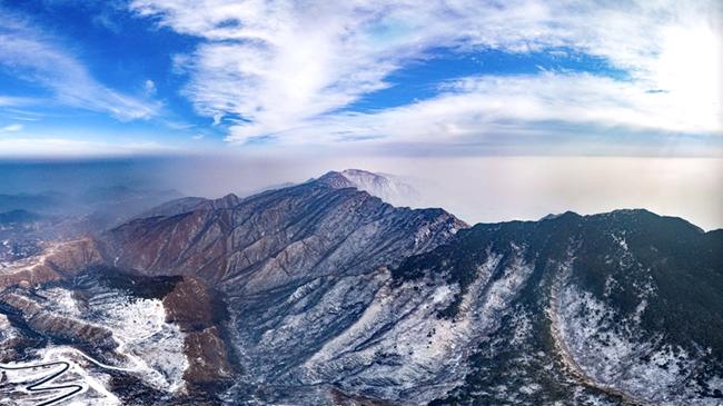 【航拍】雪後嵩山更恢宏