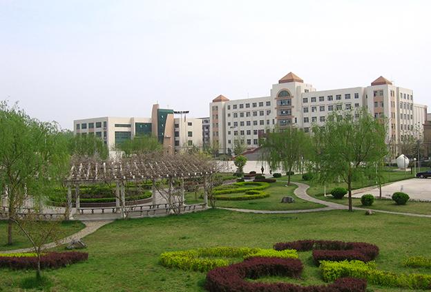鄭州財稅金融職業學院是河南省政府批準成立的一所專科層次的普通公辦高等職業院校。