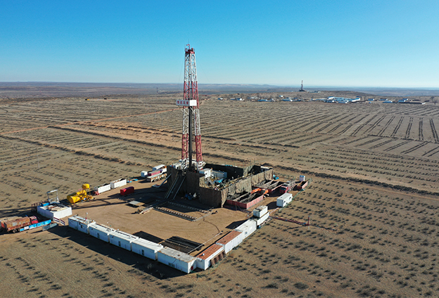 我們生産的清潔能源沿輸氣管道源源不斷輸入寧夏、內蒙古、陜西、河南、山東等黃河流域省區,為黃河流域9省區1547萬人擺脫貧困發揮了重要作用。